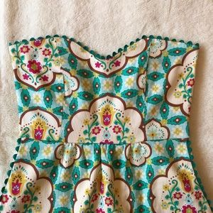 Judith March scalloped dress.